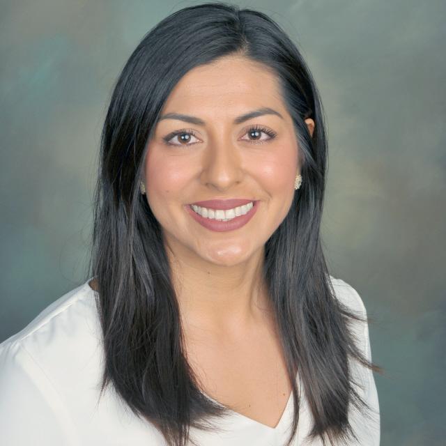 Maria Fernanda Torres's Profile Photo