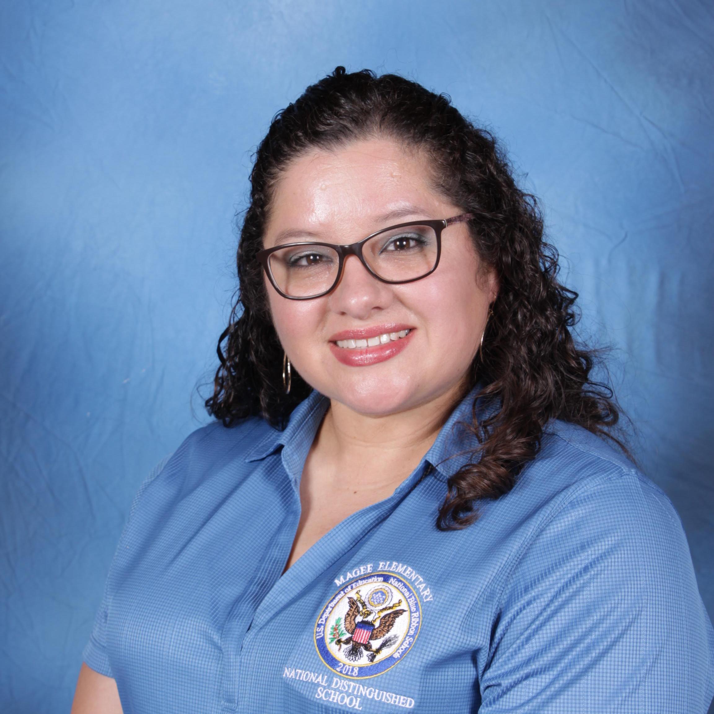 Karina Lozano's Profile Photo