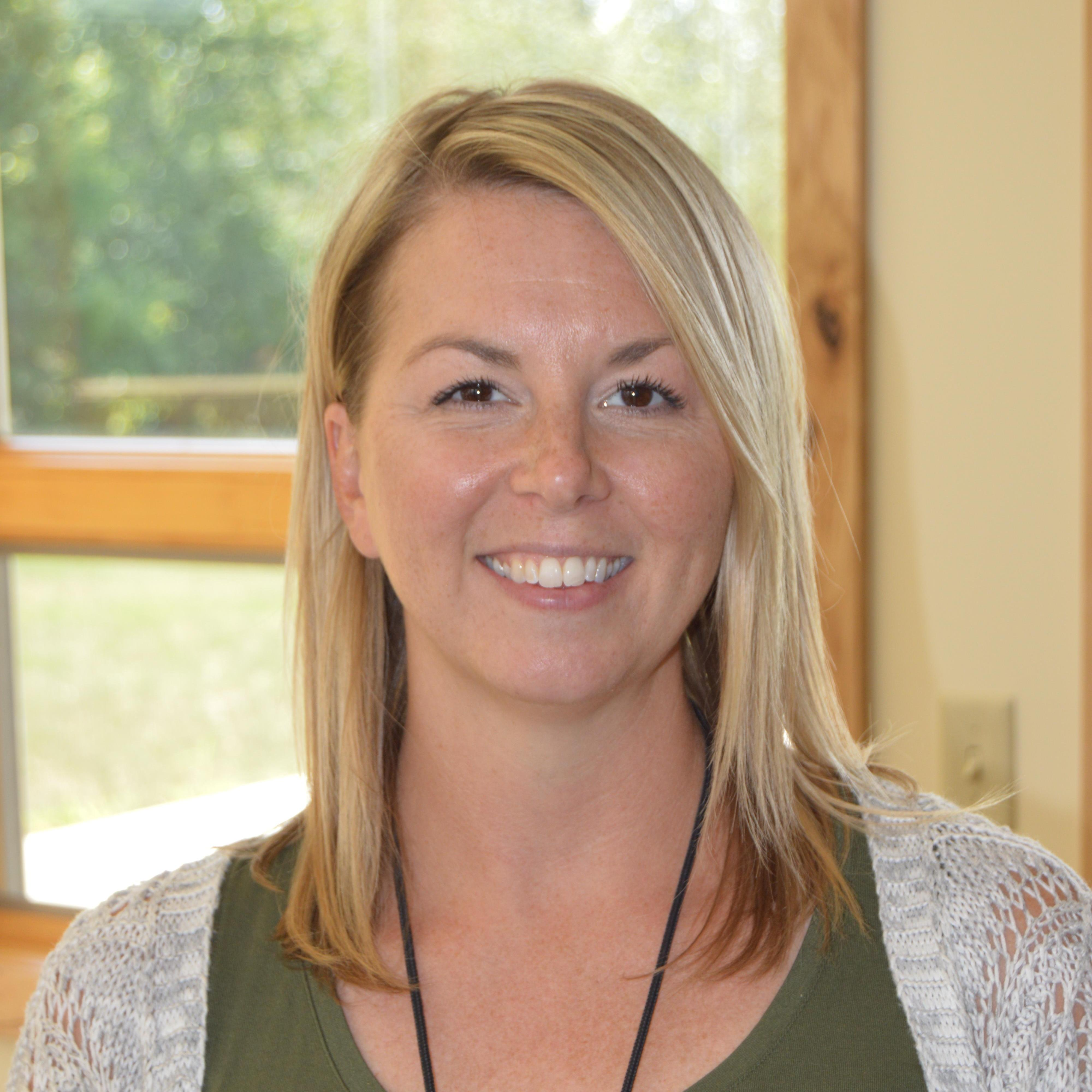 Elizabeth Danielson's Profile Photo