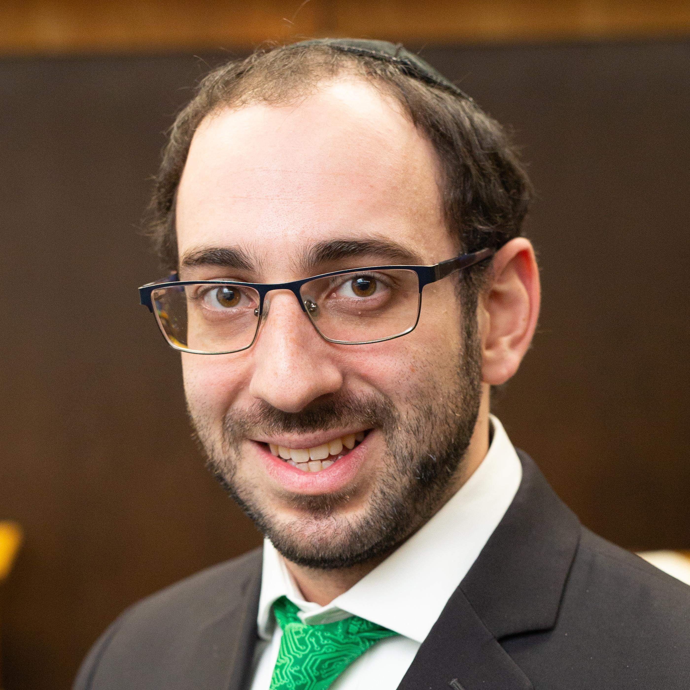 Pinchas Fiber's Profile Photo