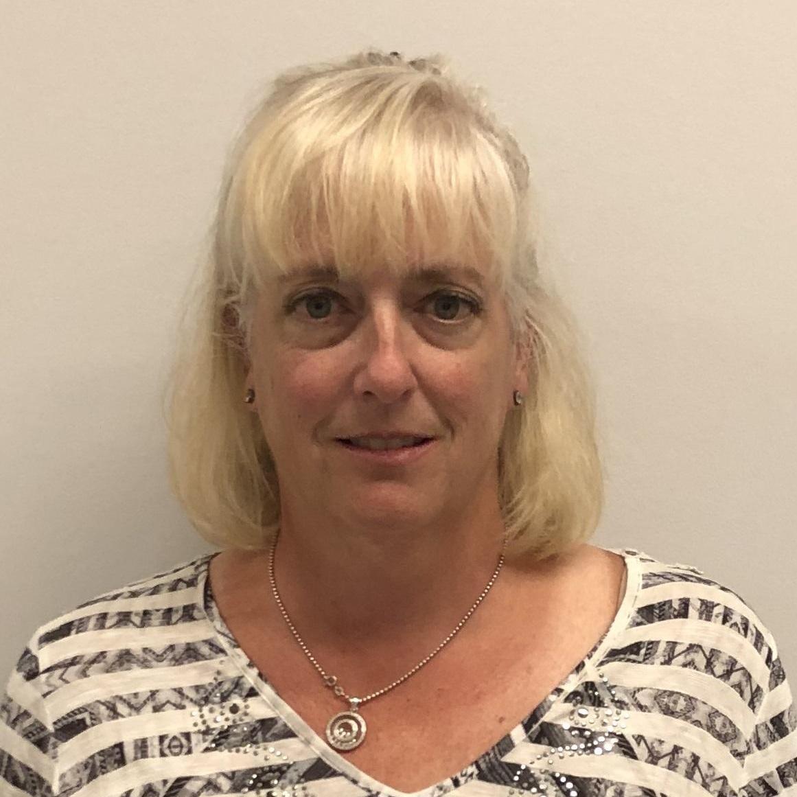 Elizabeth Lindner's Profile Photo