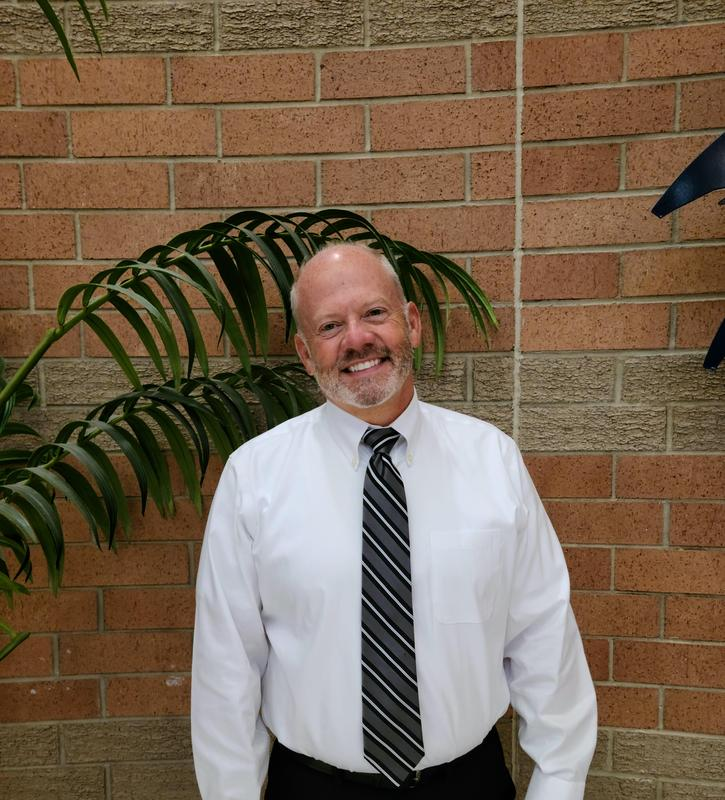 Chesterfield High Welcomes Dr. Tom Bulla Featured Photo