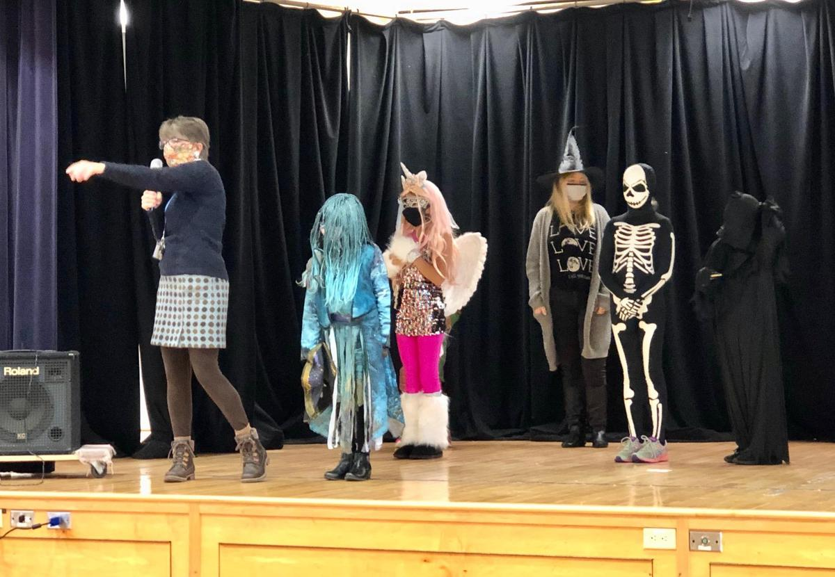Halloween Guessing 2021