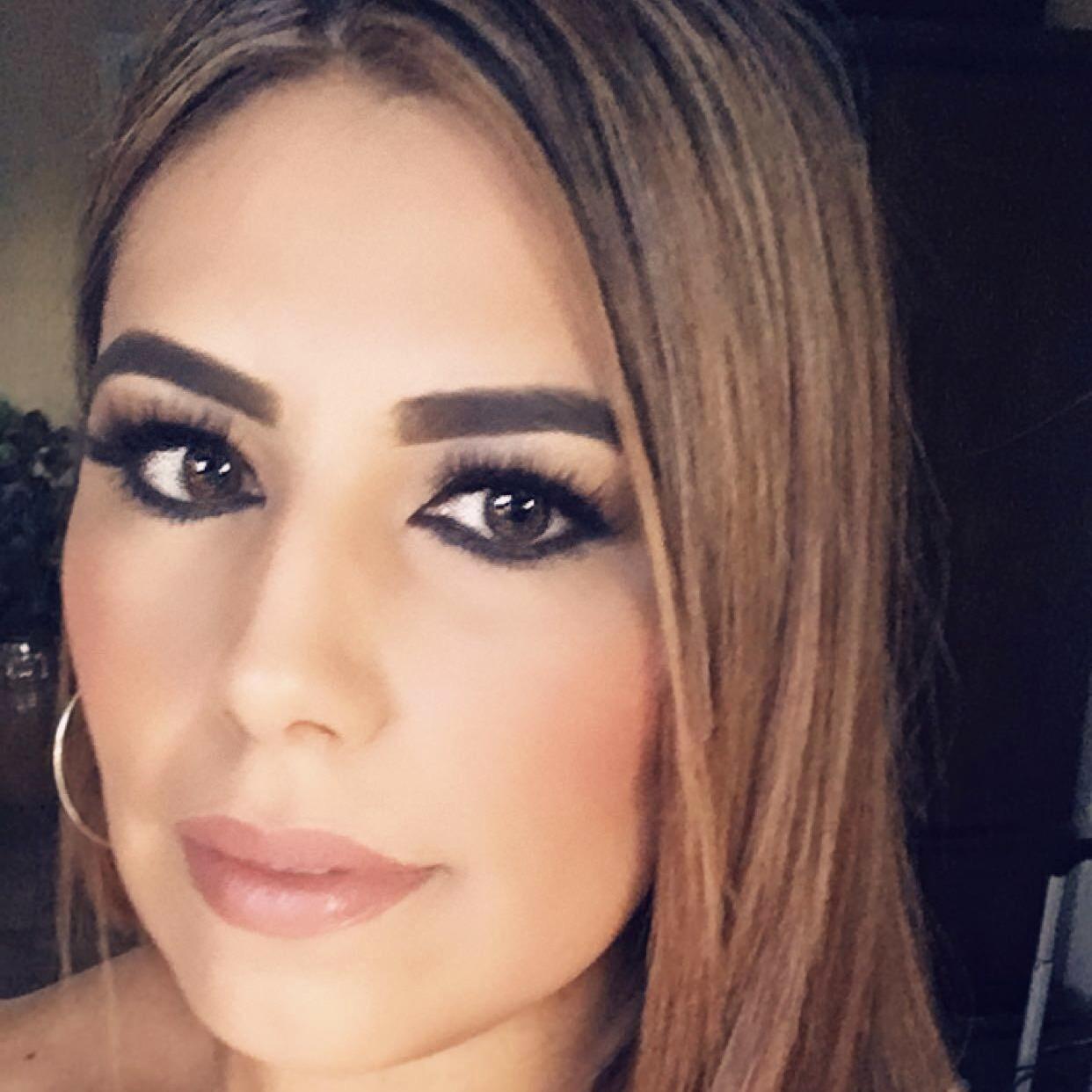 Susanna Flores's Profile Photo