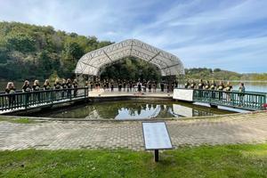 chorus performing