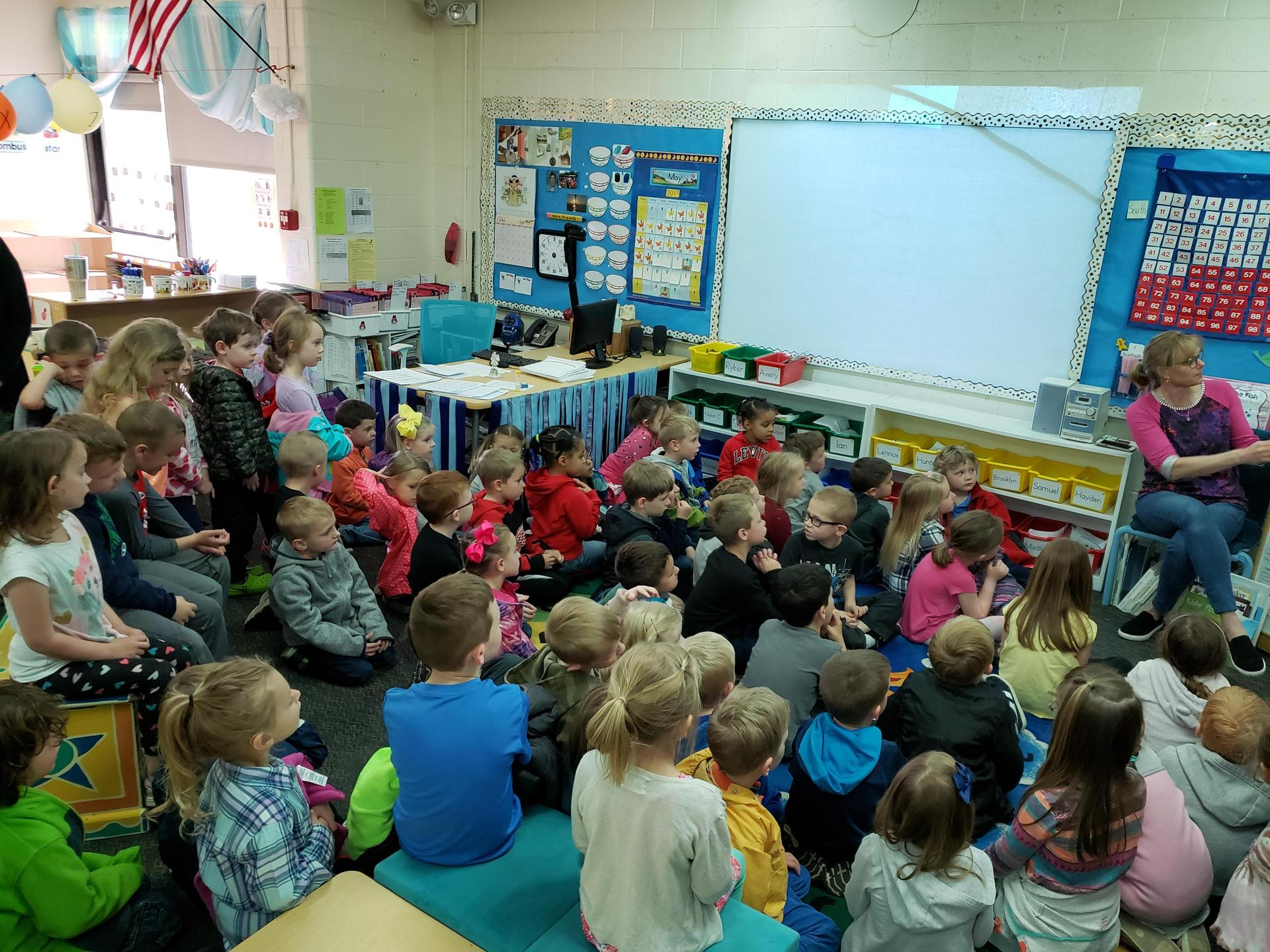 preschoolers touring elementary buildings
