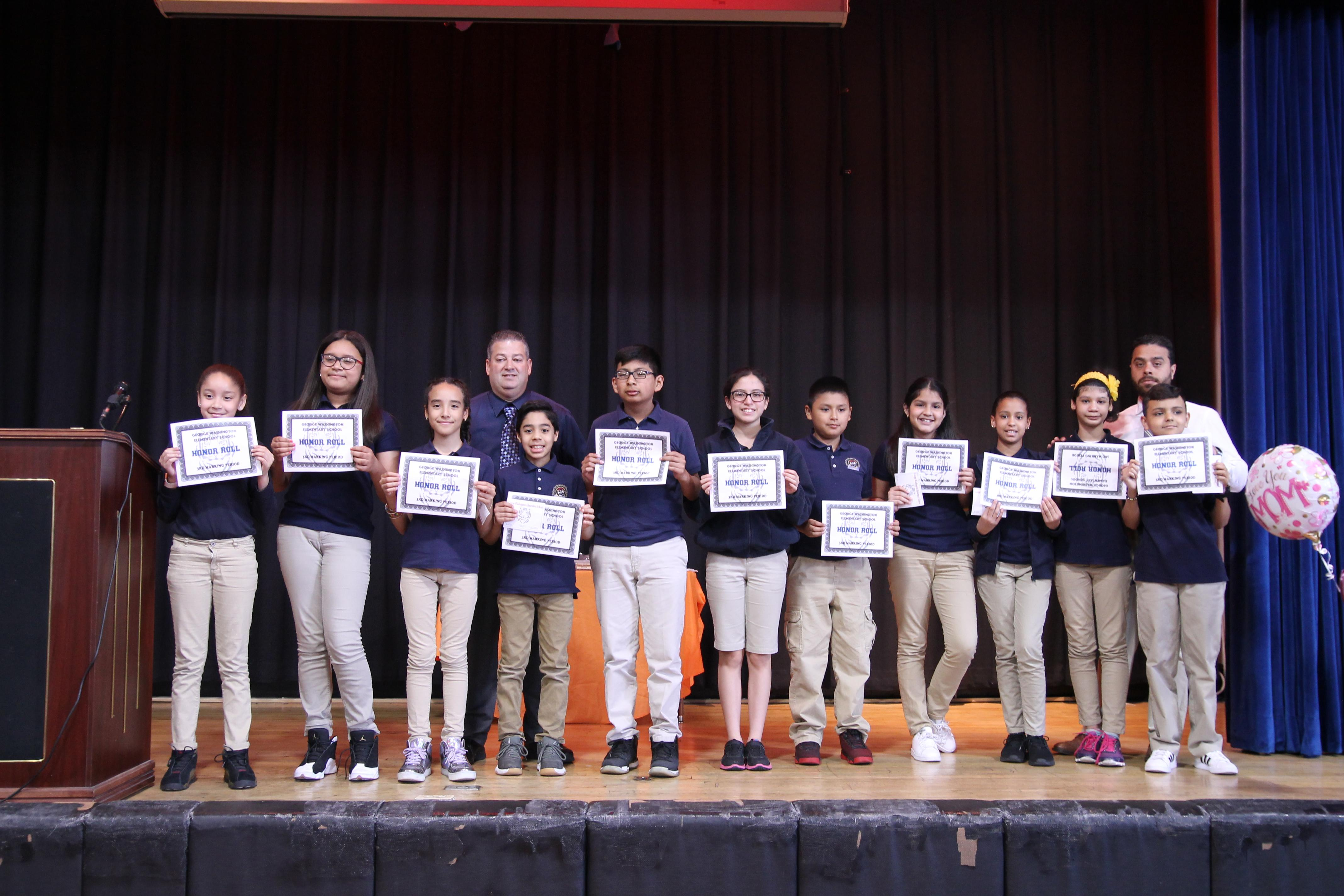 4th grade honor roll students