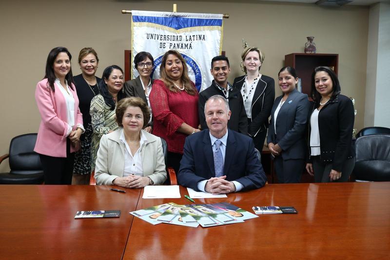 Una vez más Universidad Latina firma Convenio con Washington Center Featured Photo