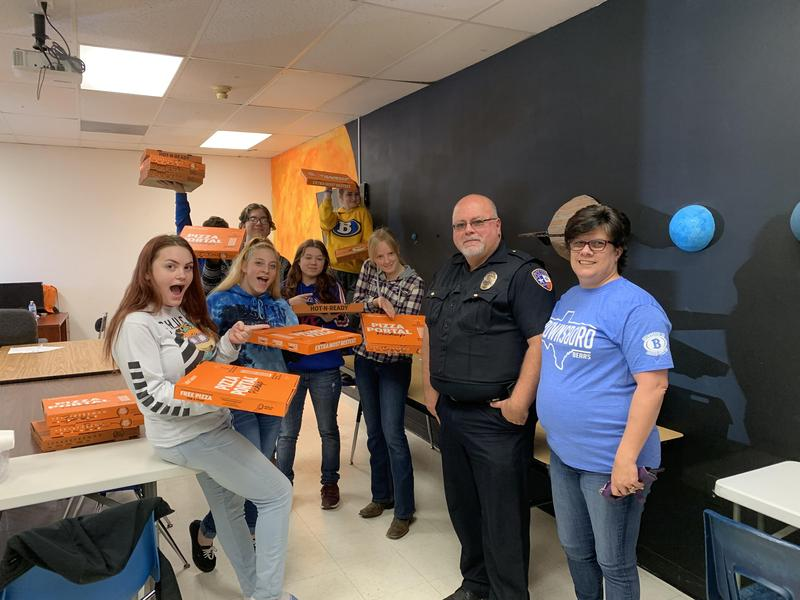 Chief McIntire Treat Horizon Academy and Compass to a Pizza Party Featured Photo