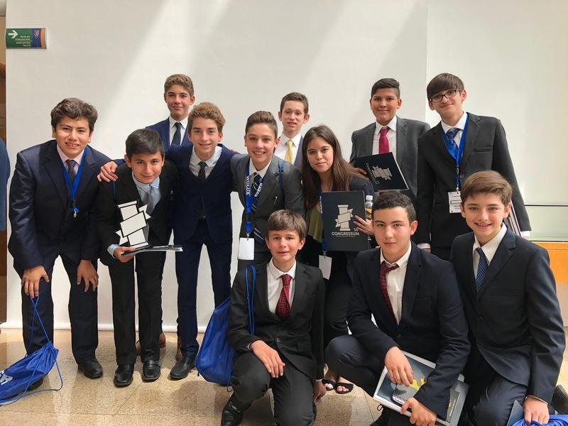 Our 8th graders participated in an IPADE event. An amazing experience! Featured Photo