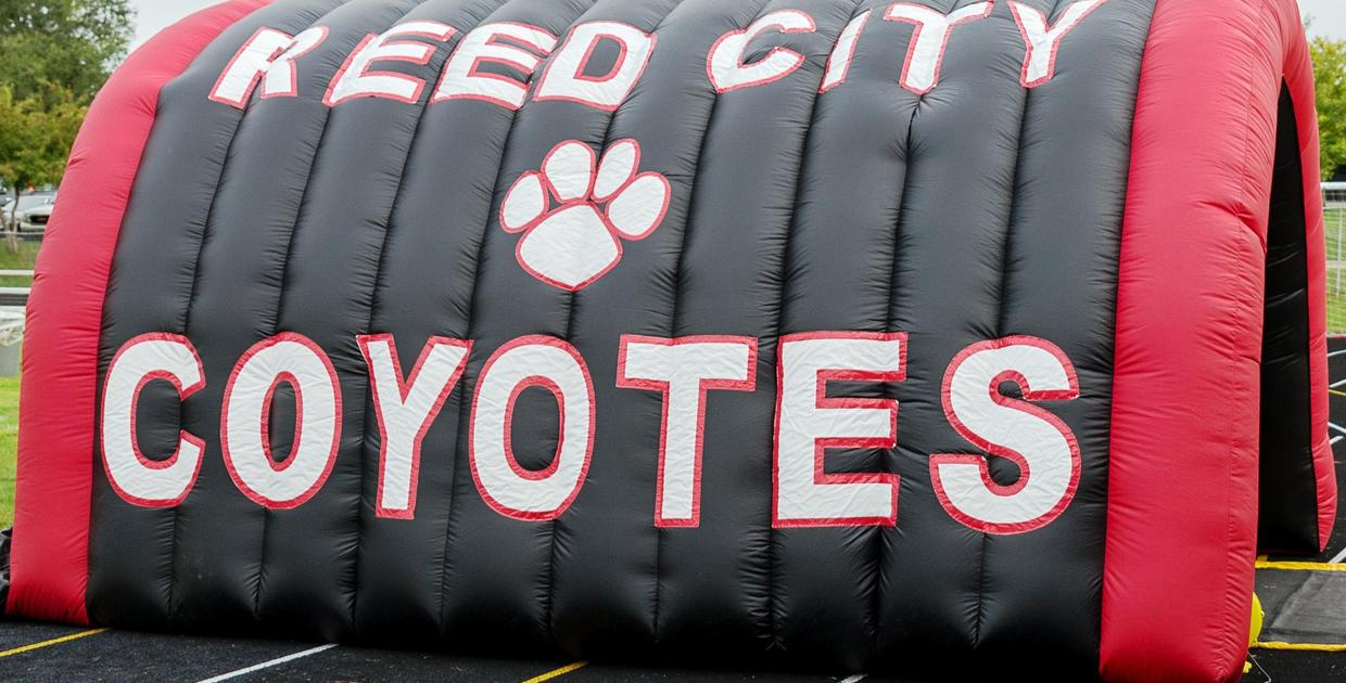 Reed City Coyotes Tunnel