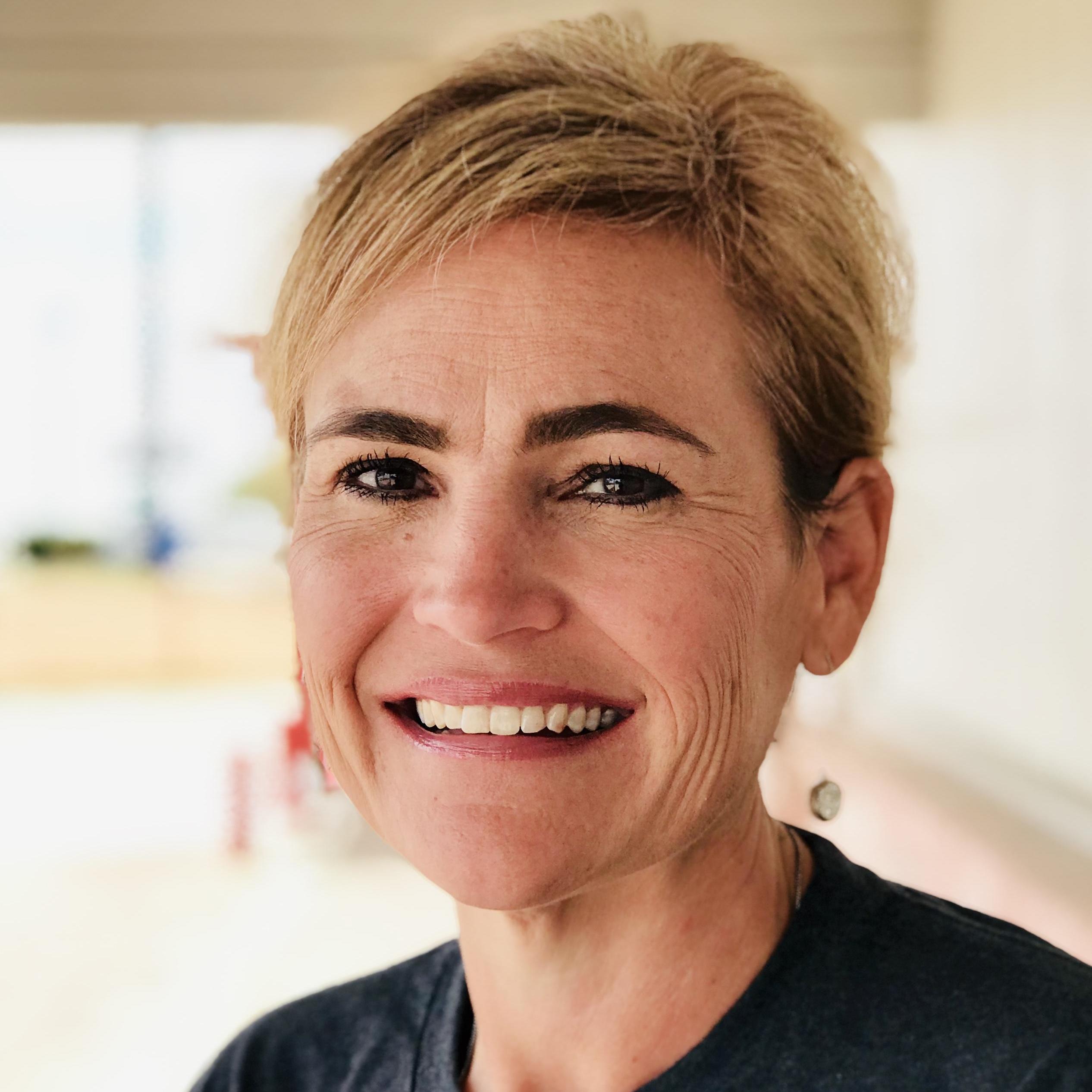Elizabeth Fields's Profile Photo