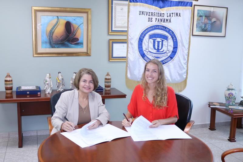 Firma de Convenio entre Universidad Latina de Panamá y  Fútbol con Corazón (FCC). Featured Photo