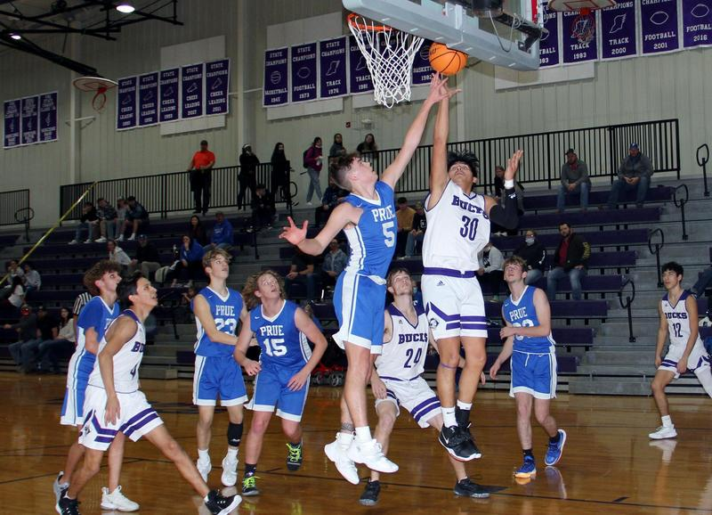 HMS/HHS Basketball Going Strong Featured Photo