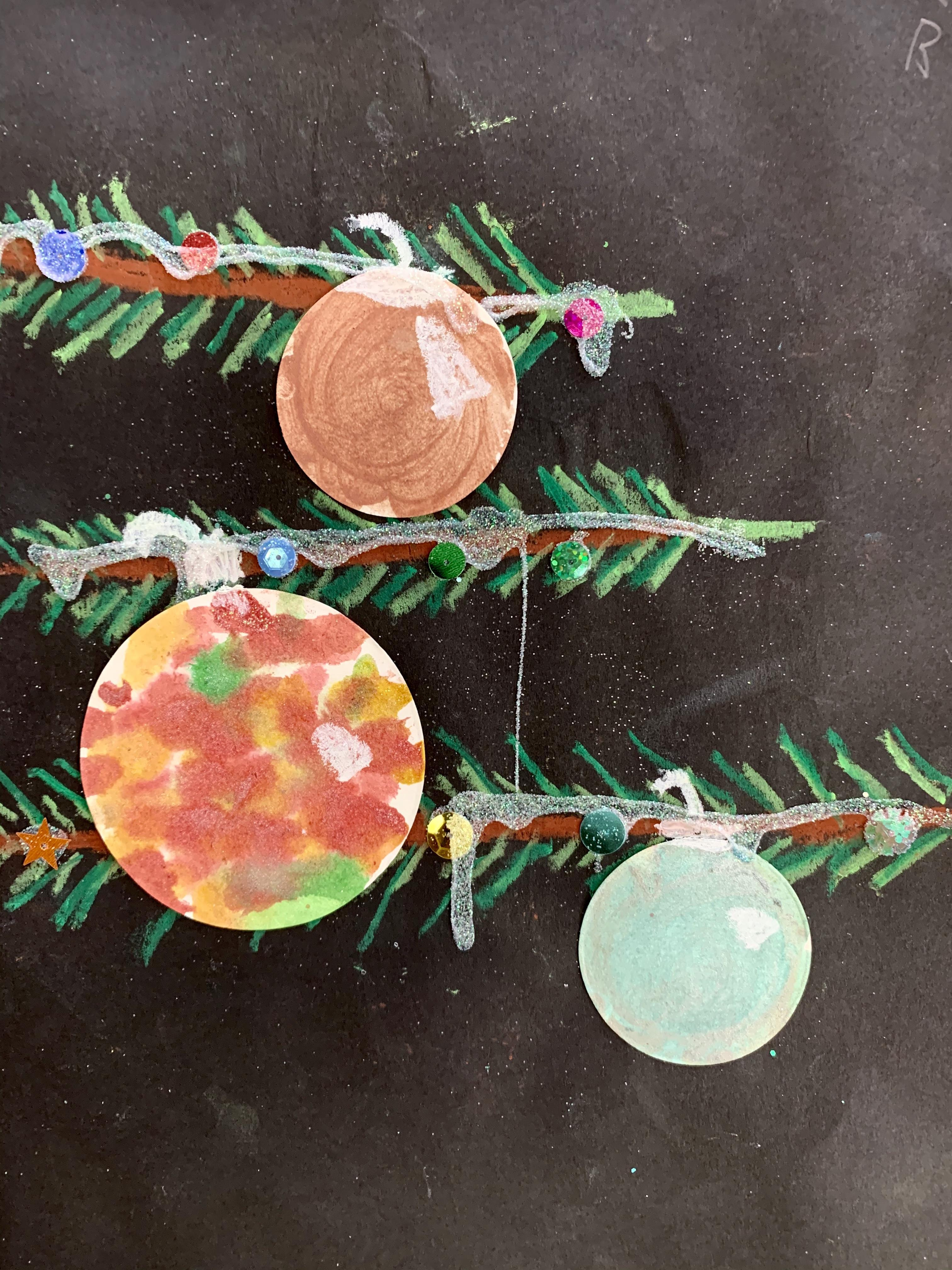 Pine Tree with Ornament 2