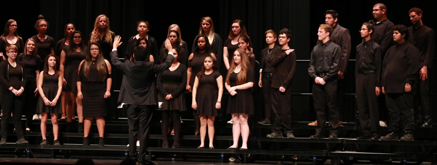 choir concert fall semester