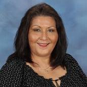 Lori Gonzalez's Profile Photo