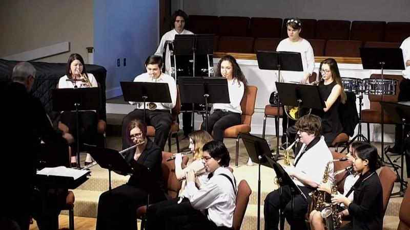Students performing with Lowcountry Youth Wind Symphony