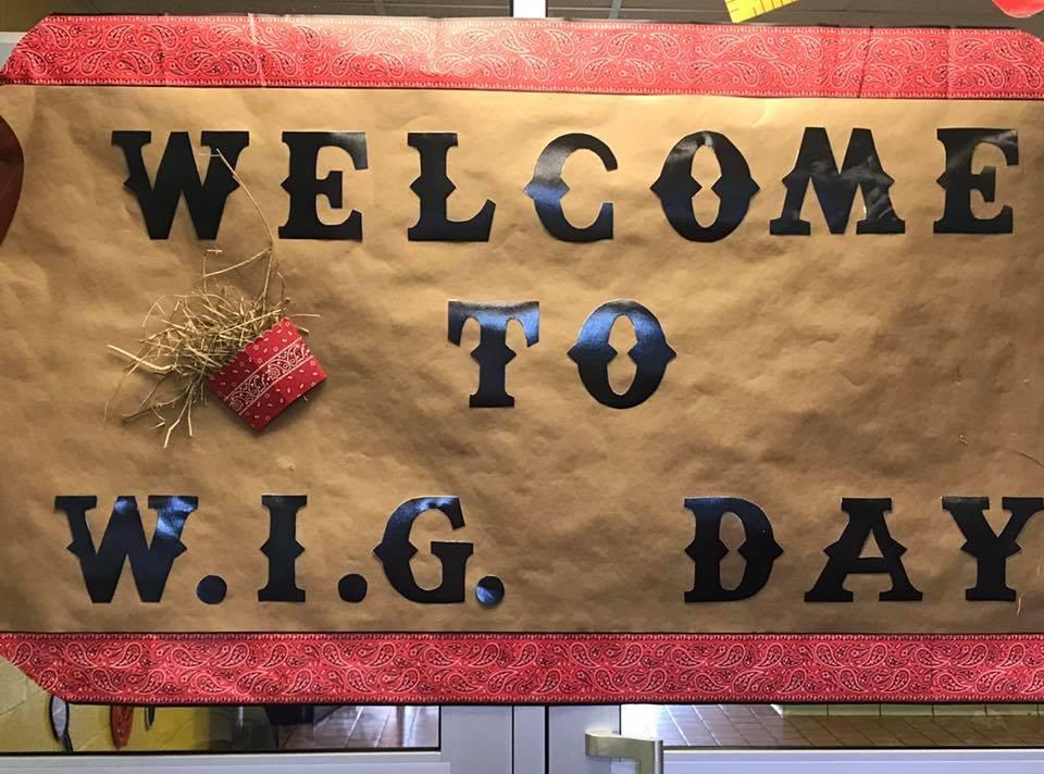Welcome to WIG Day sign