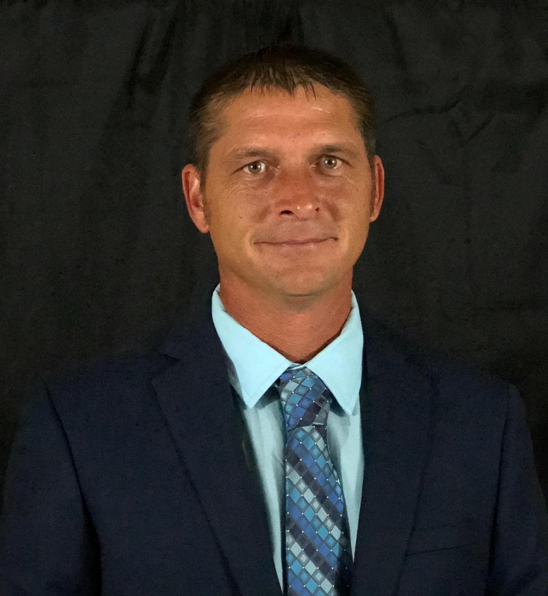 Mike Davis, Jr.