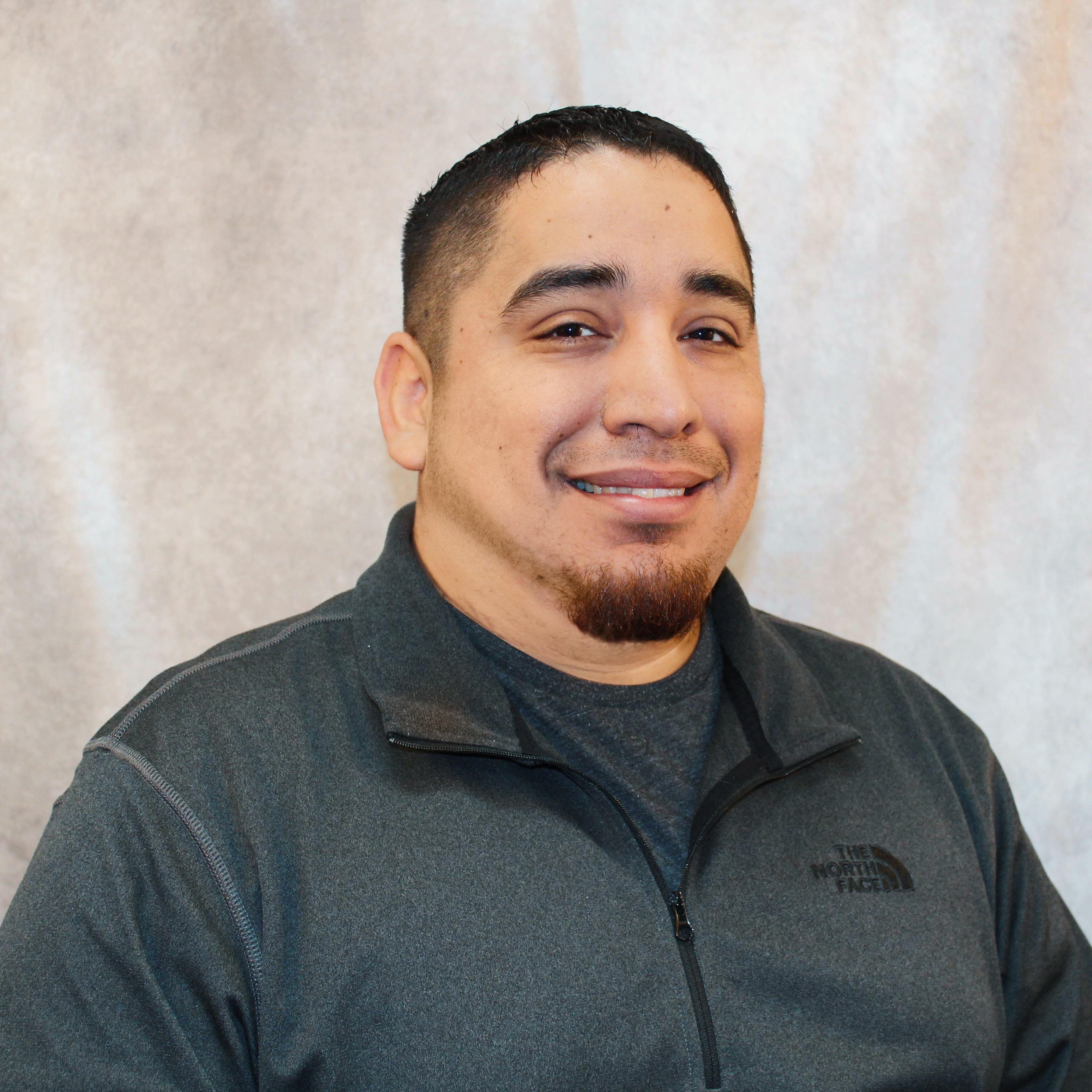 Larry Flores's Profile Photo
