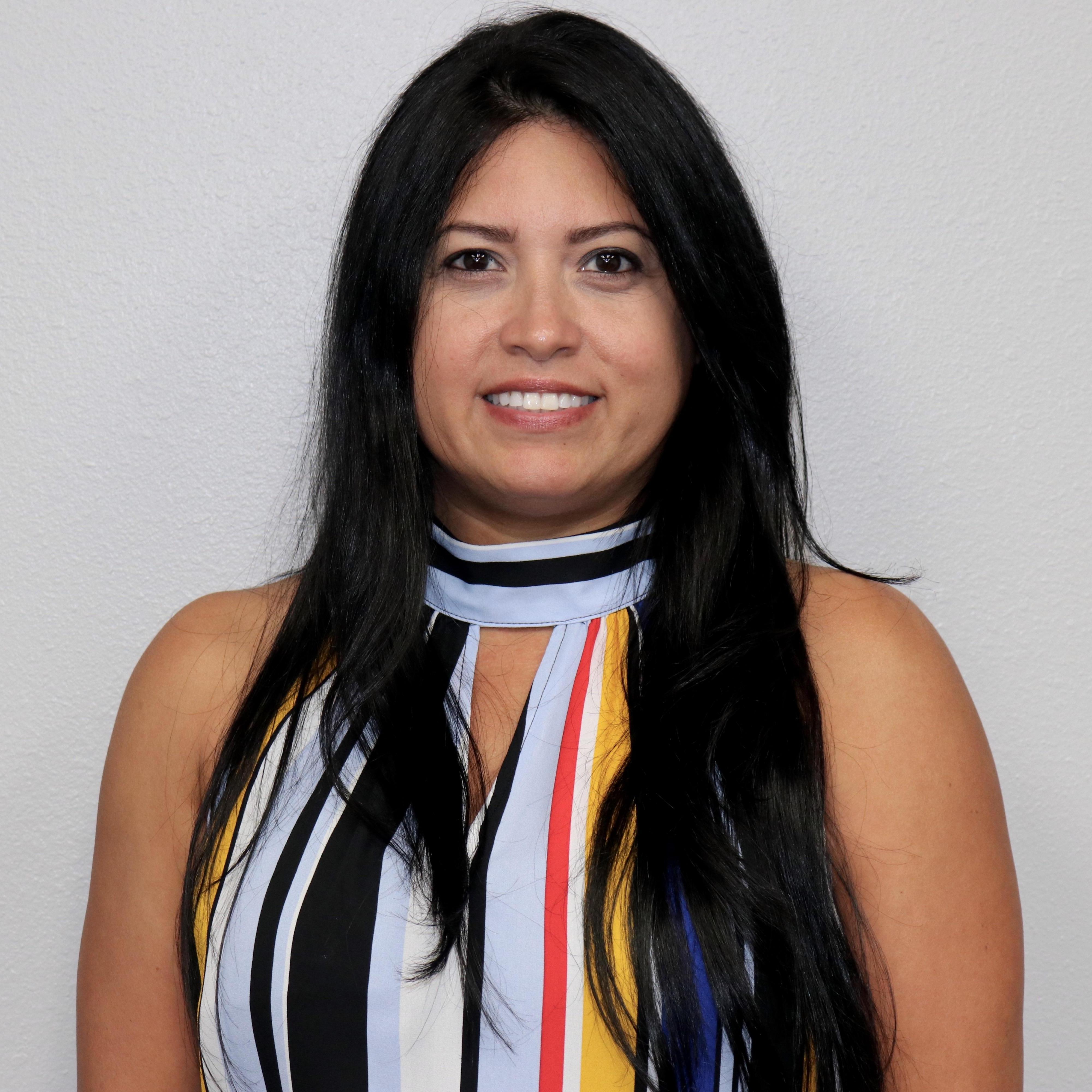 Leslie Kay's Profile Photo