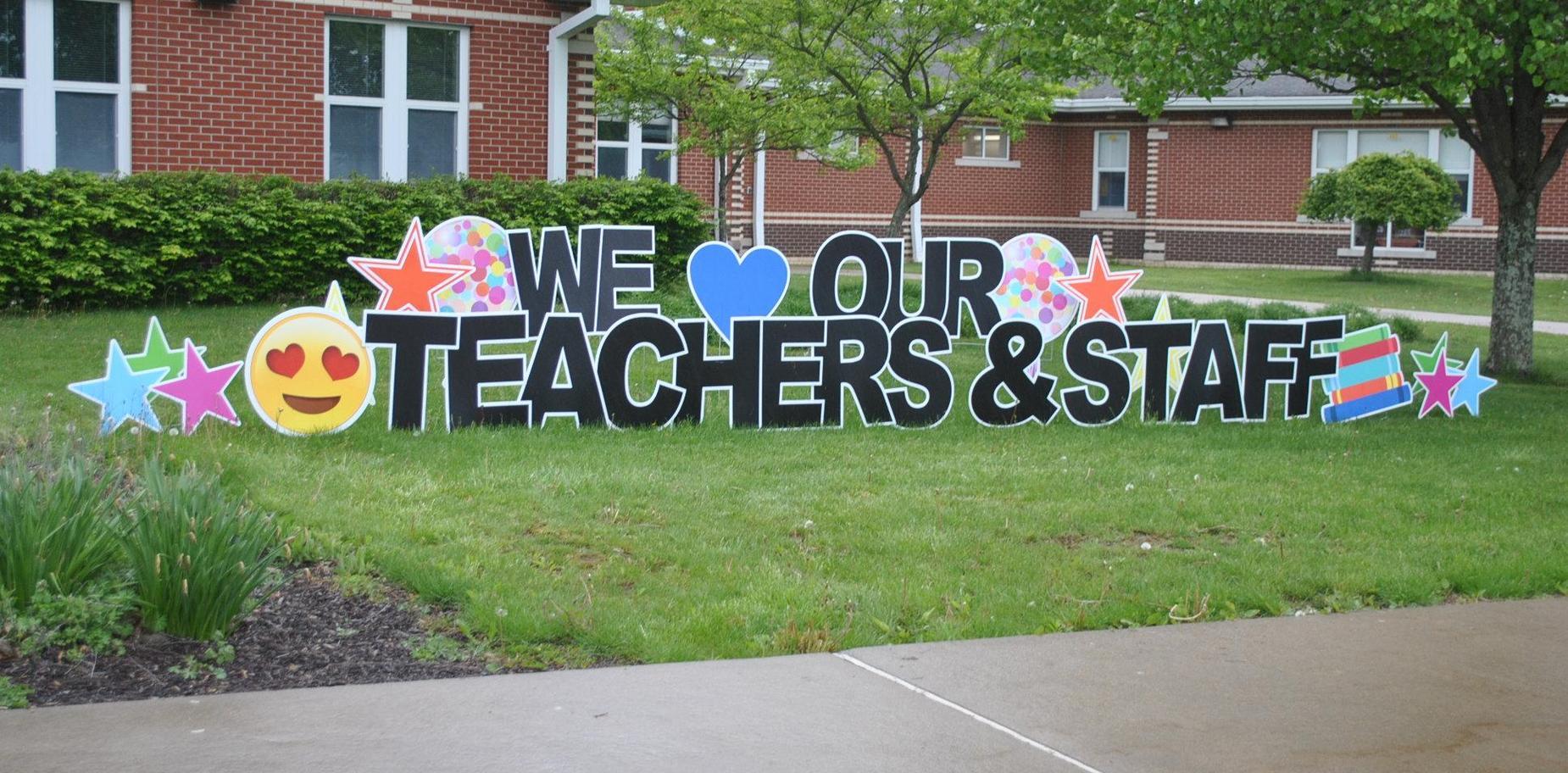teacher appreciation signs at SBPS
