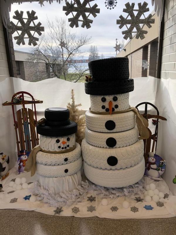 pic of snowmen decorations