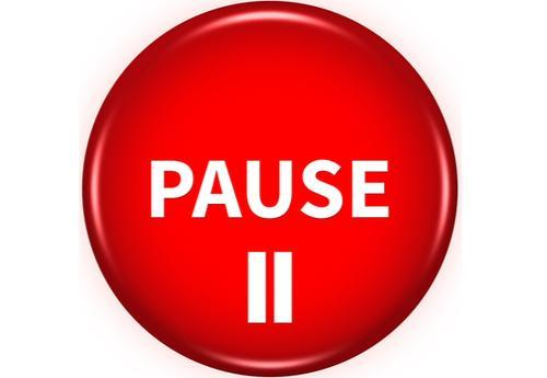 Image of a pause button.
