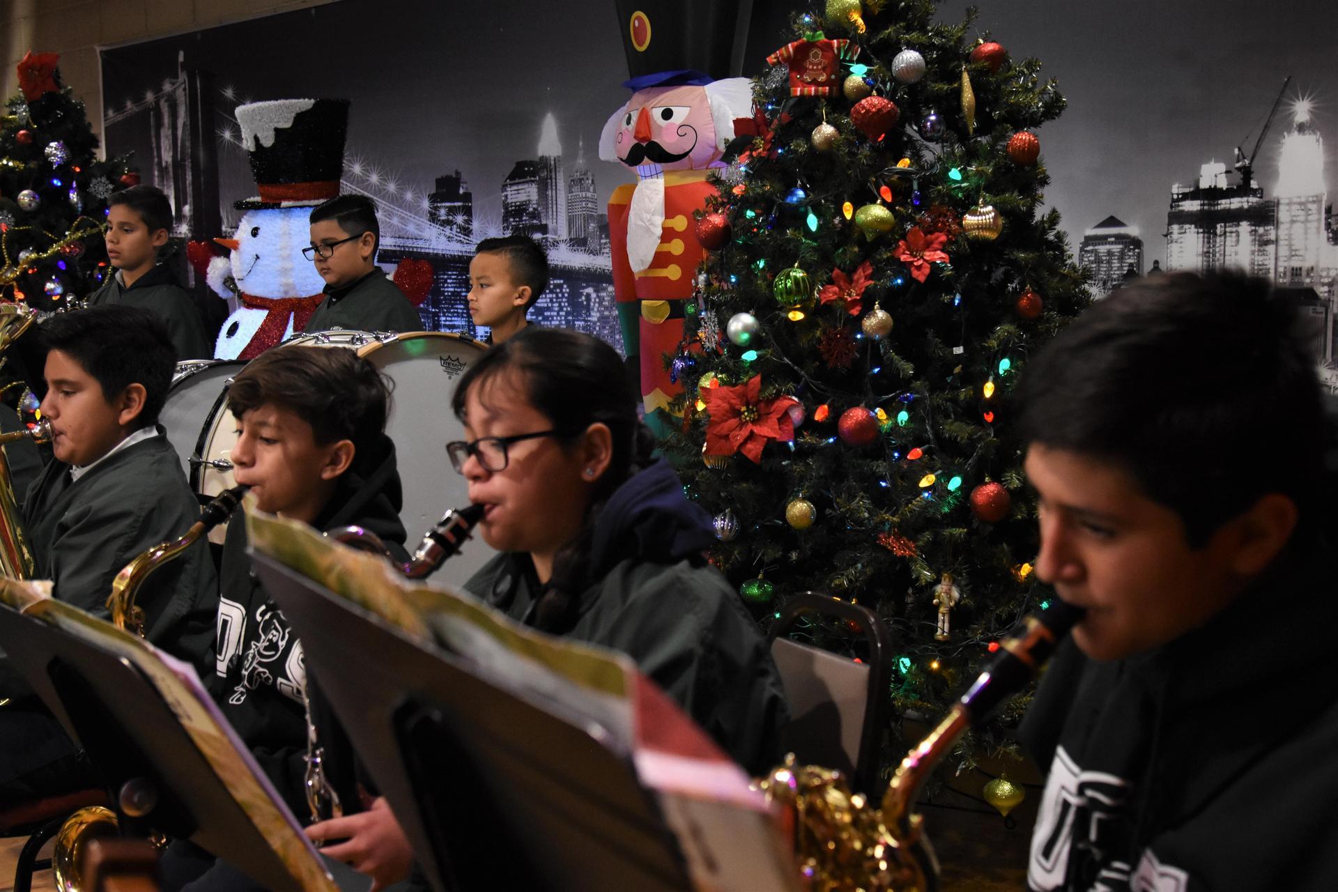 Band Holiday 19 -1