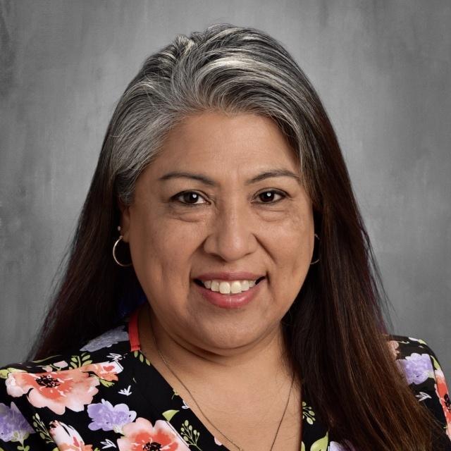 Minerva Brenda Flores's Profile Photo