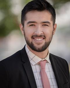 Financial Analyst, Carlos Pina