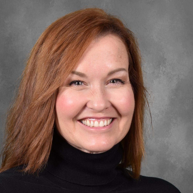 Lori Flores's Profile Photo