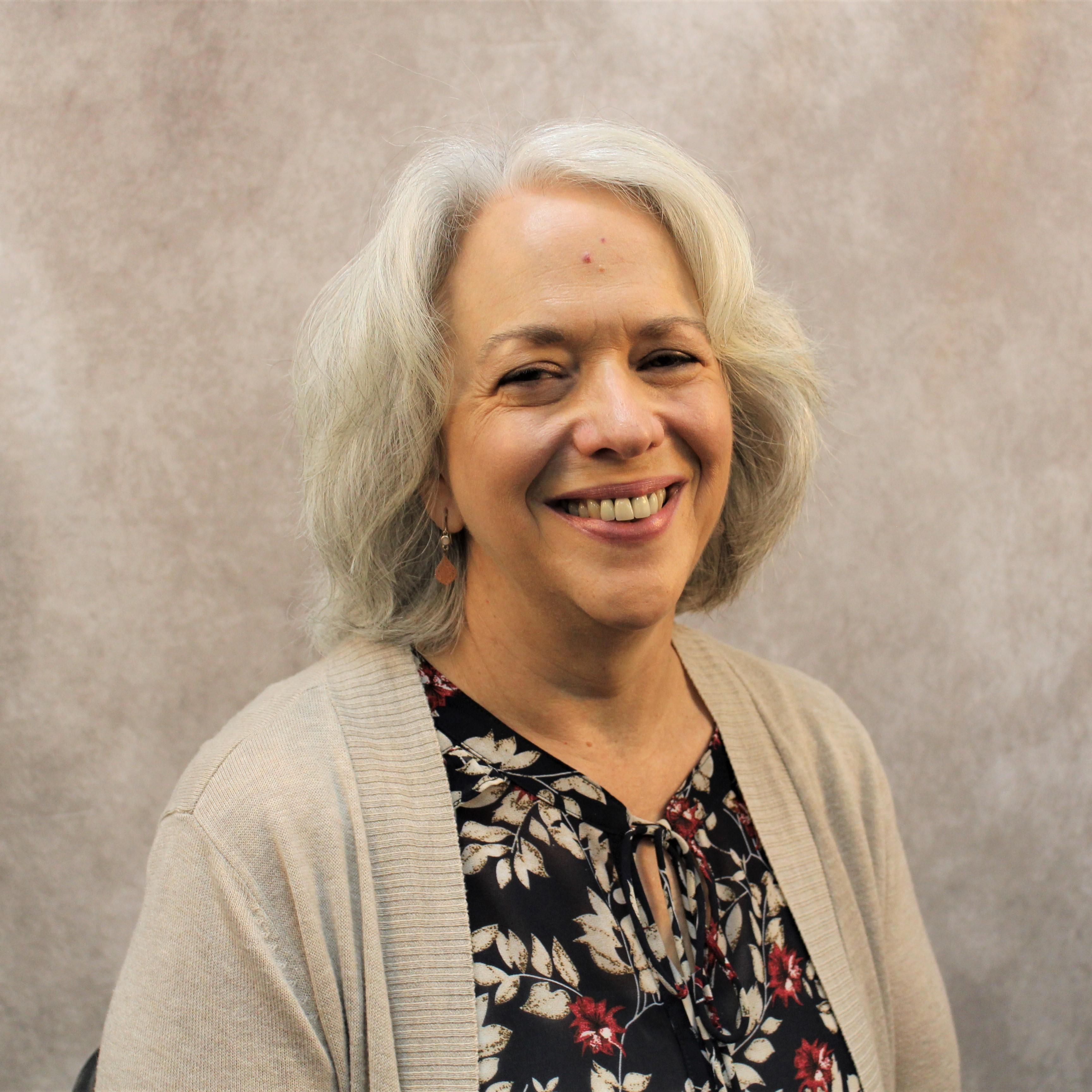 Roseanne Hennesy's Profile Photo