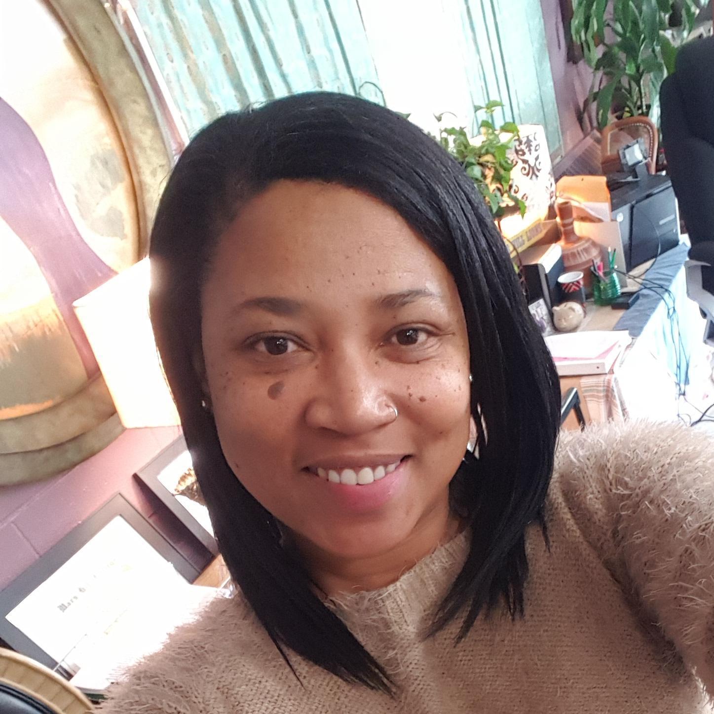 Laccarna Carson's Profile Photo