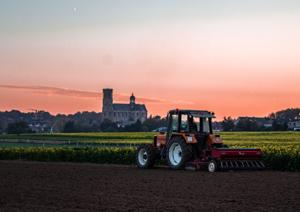 America's Farmers Grow Communities