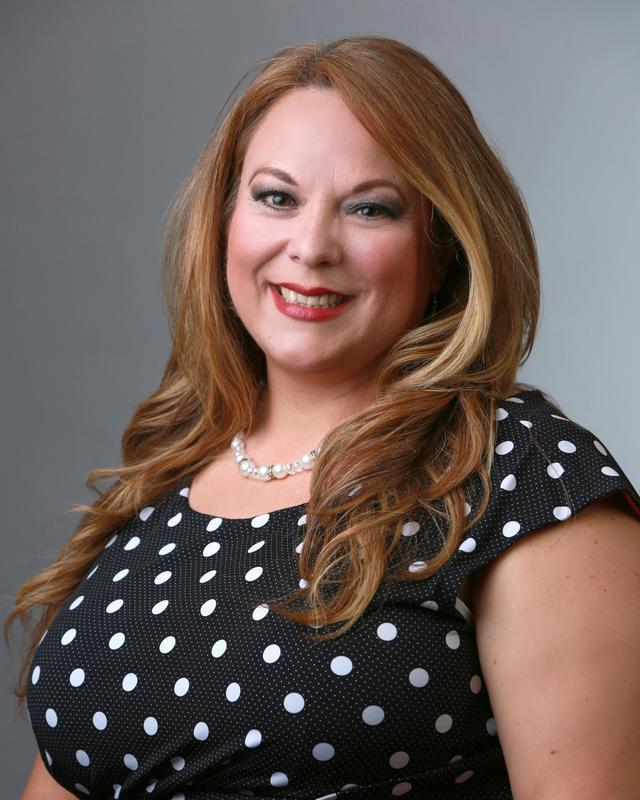 headshot of Patricia O'Caña-Olivarez