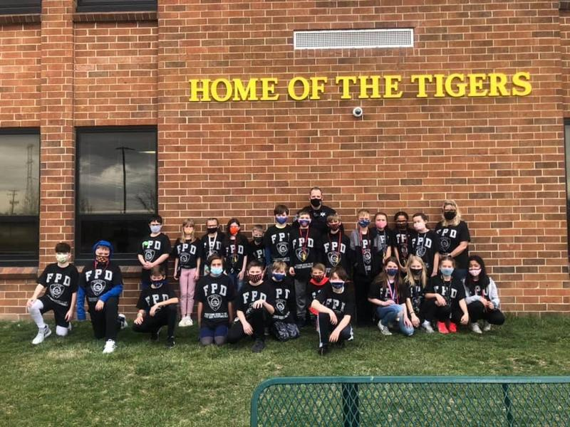 Chelsea 5th Graders Complete D.A.R.E. Class with Officer Riff Featured Photo