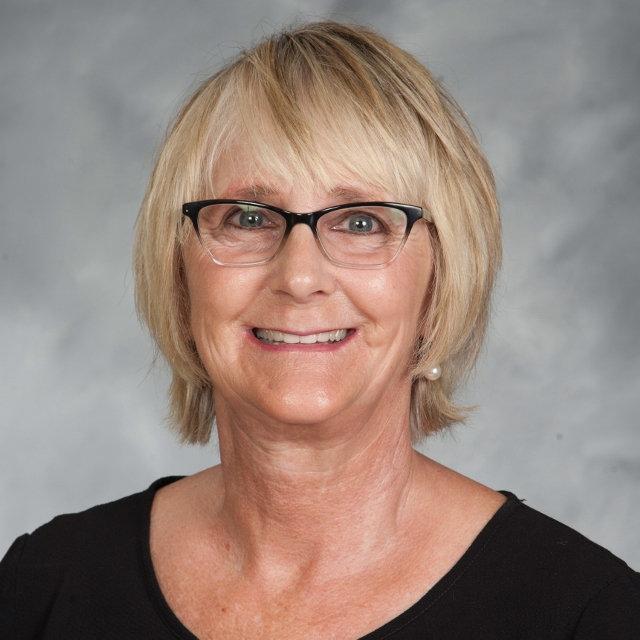 Patty Steponovich '73's Profile Photo