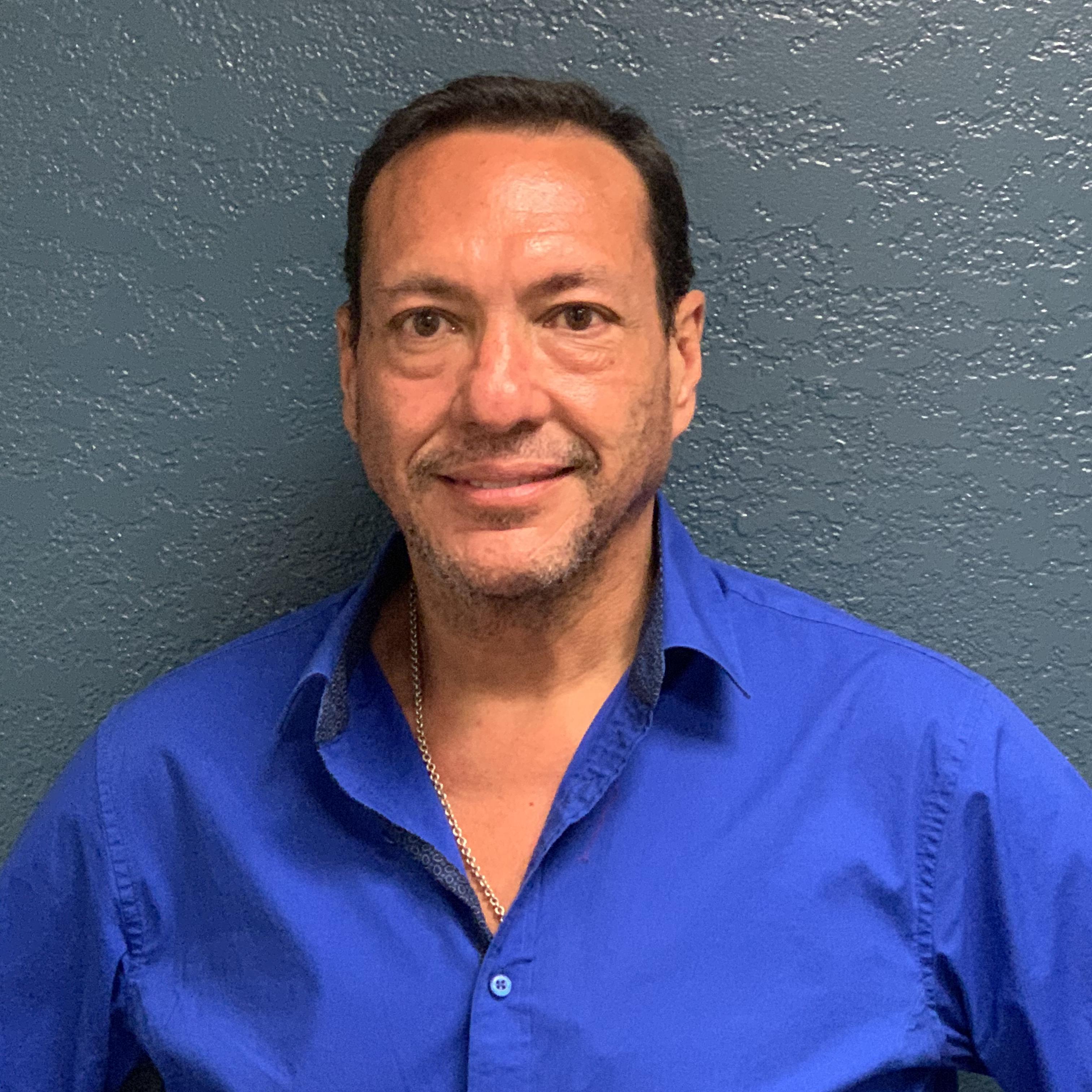 Robert Gonzalez's Profile Photo