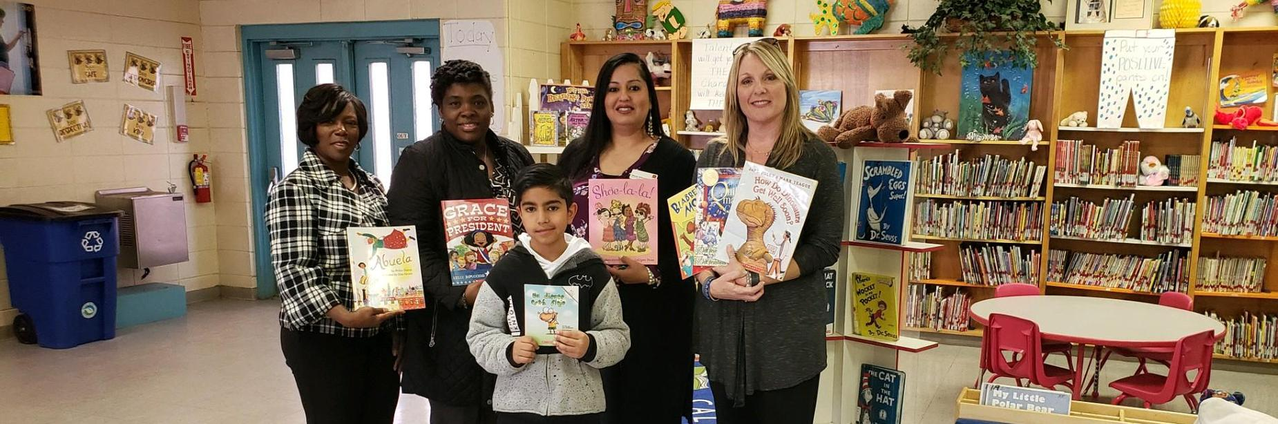 Wells Fargo bank donates books