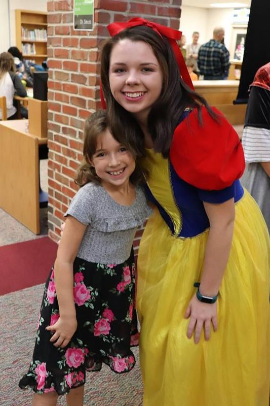 snow white and girl