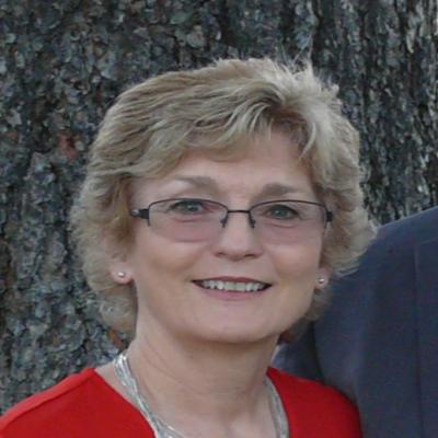 Elaine Larsen's Profile Photo