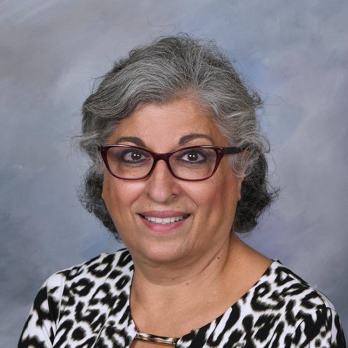 Lili Einalhori's Profile Photo