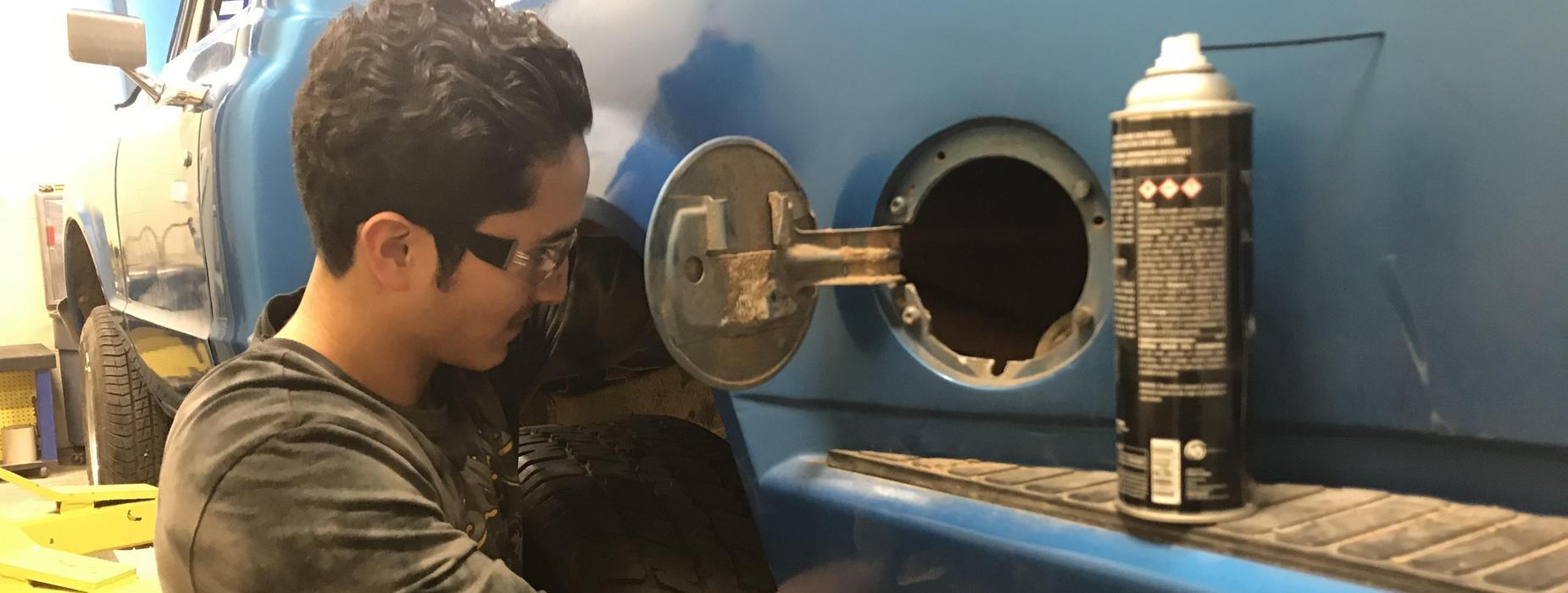 auto tech gas tank