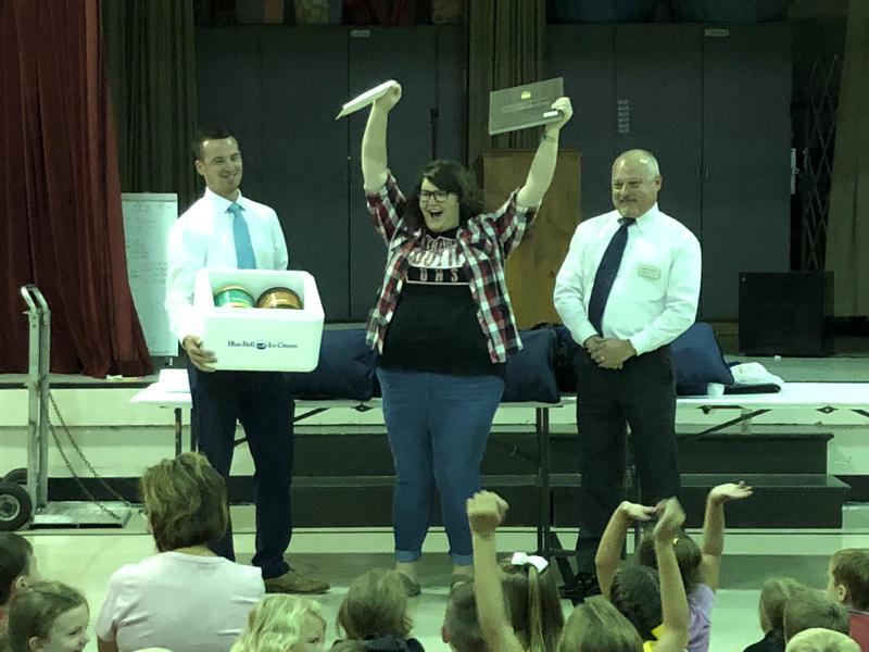Mrs. Susan Reeder, Teacher of the Year Finalist !!!! Featured Photo