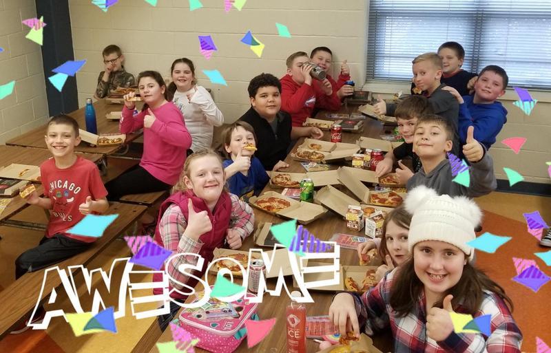 students earn pizza hut