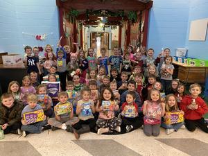 group pic of kindergarten children