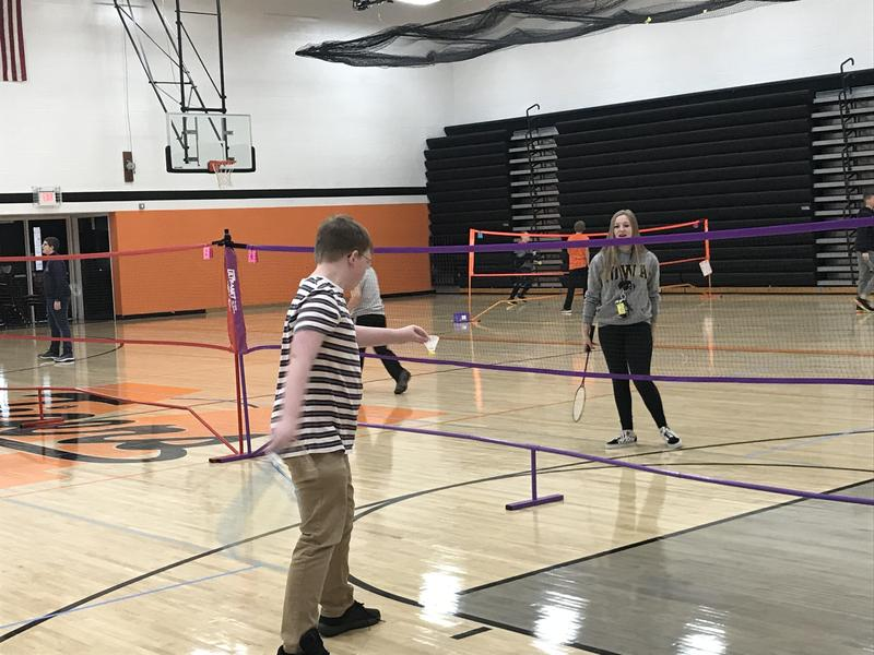 Students enjoy badminton unit in PE Thumbnail Image