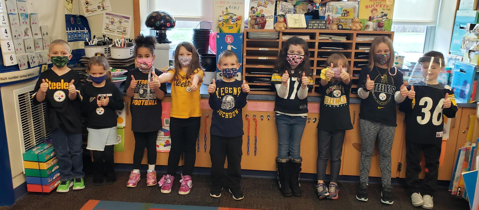 students wearing Pittsburgh Steeler shirts